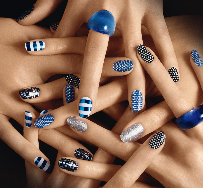 nail polish | Hector M. Reyes